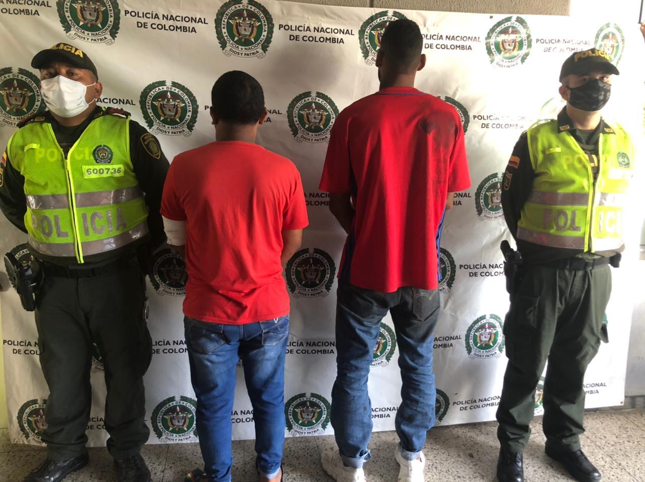 https://www.notasrosas.com/Lesiones Personales: delito por el cual fueron capturadas cinco personas en Riohacha