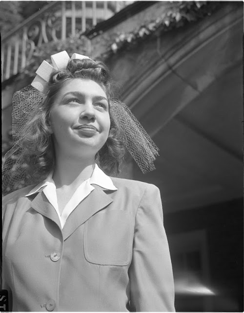 Newlywed in Ann Arbor, Michigan, 29 May 1942 worldwartwo.filminspector.com