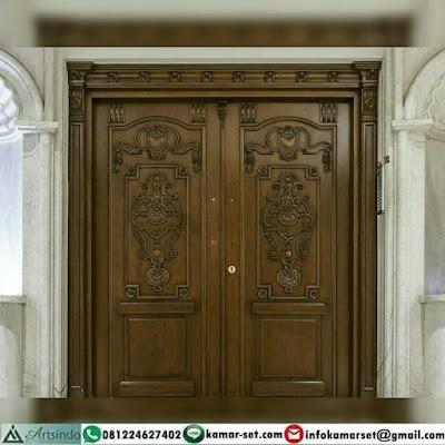 Di malam ini kita akan meneruskan sebuah artikel yang bertemakan sebuah dekorasi atau  Model Pintu 2 Daun Yang Unik Pintu Rumah Warna Coklat