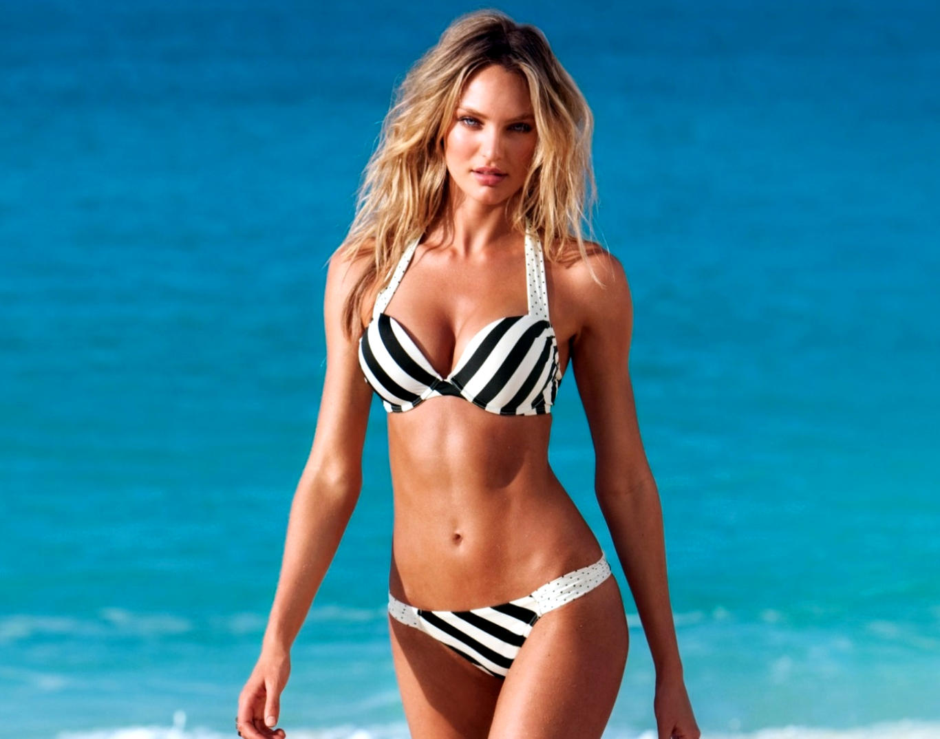 Candice Swanepoel Awesome Hot Wallpaper