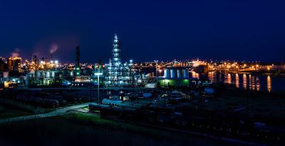 manfaat penting dari minyak bumi untuk kebutuhan manusia