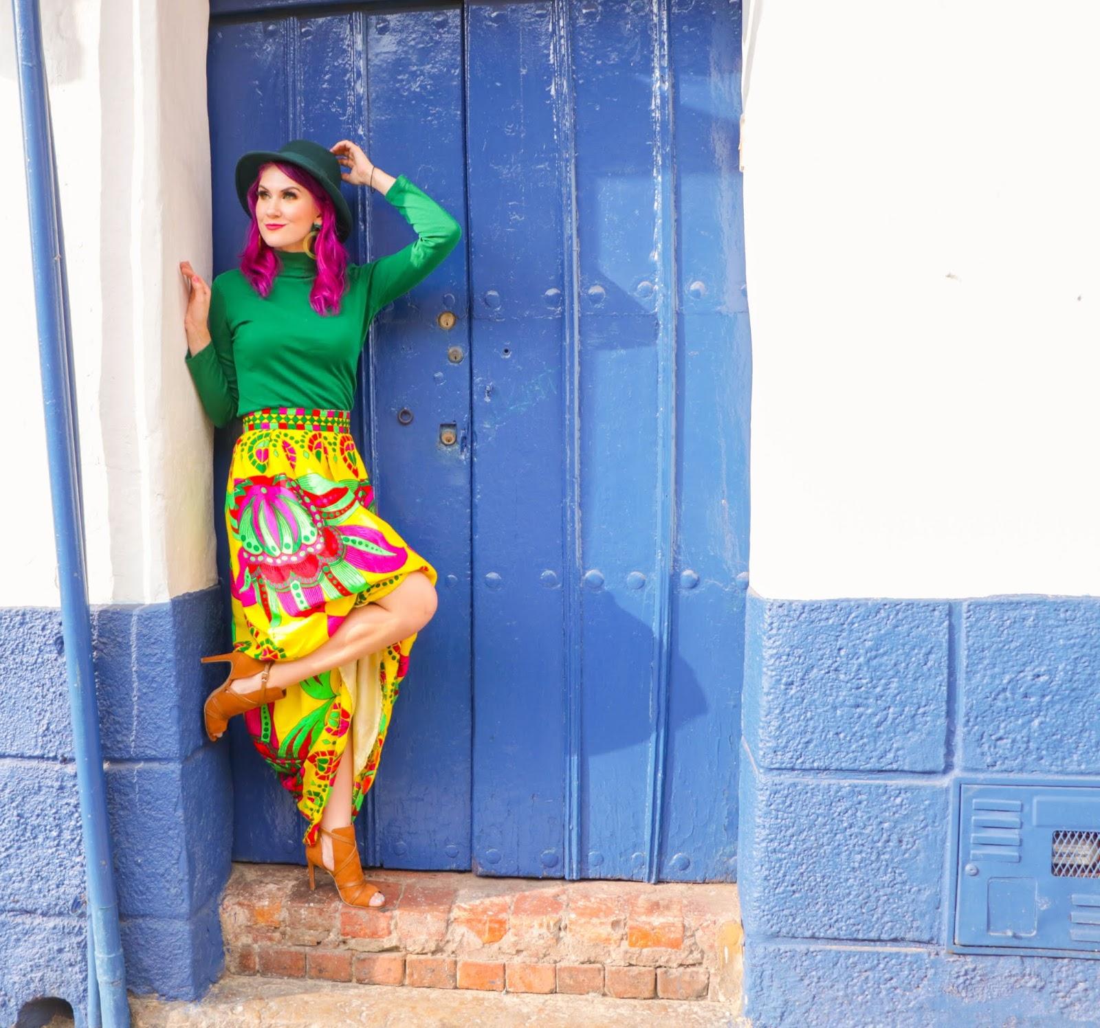 Outfit con falda de Paruma Panameña
