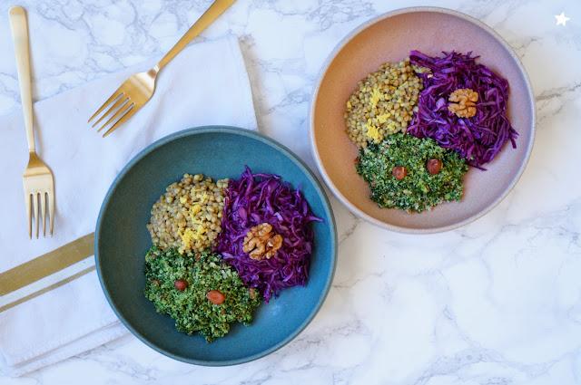 assiette végétale complète chou rouge sarrasin pesto kale vegan sans gluten veggiebowl