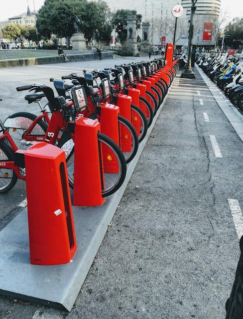 Rowery miejskie - świetny pomysł na poruszanie się po mieście.