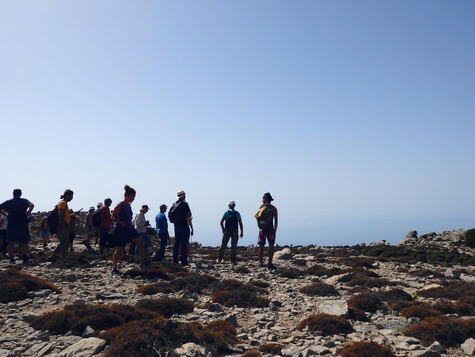Από την Εριφή, μετά την πρώτη ανάβαση, πρώτη θέα προς τη θάλασσα