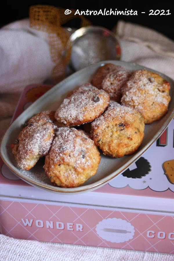 Biscotti Morbidi alla Banana con Farina di Arachidi Tostate e Gocce di Cioccolato