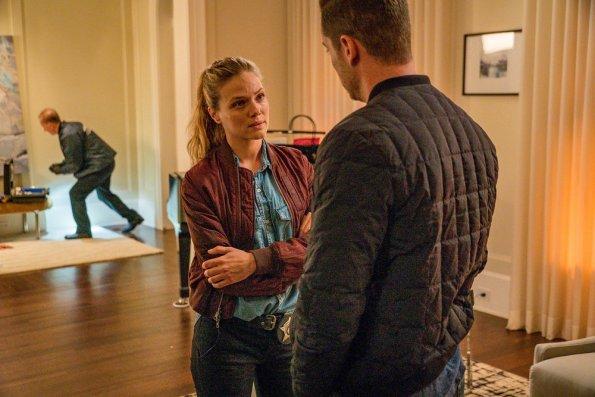 """NUP 187866 0337 595 - Chicago PD (S07E01) """"Doubt"""" Season Premiere Preview + Sneak Peek"""