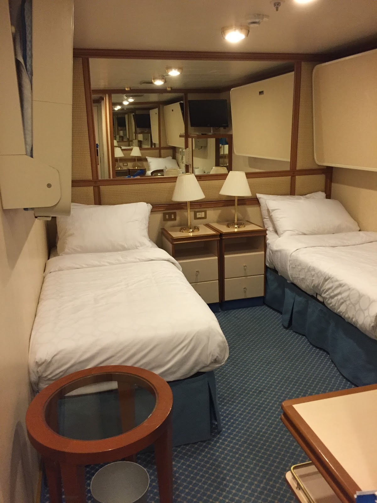 Debs Days Beds On A Cruise Ship Presto Chango