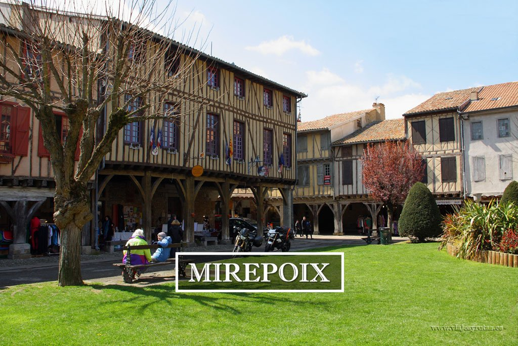 Mirepoix, pequeño gran descubrimiento de camino a Carcassonne