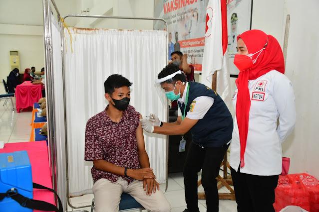 PMI Sinjai Siapkan 2.000 Dosis Vaksin untuk Masyarakat