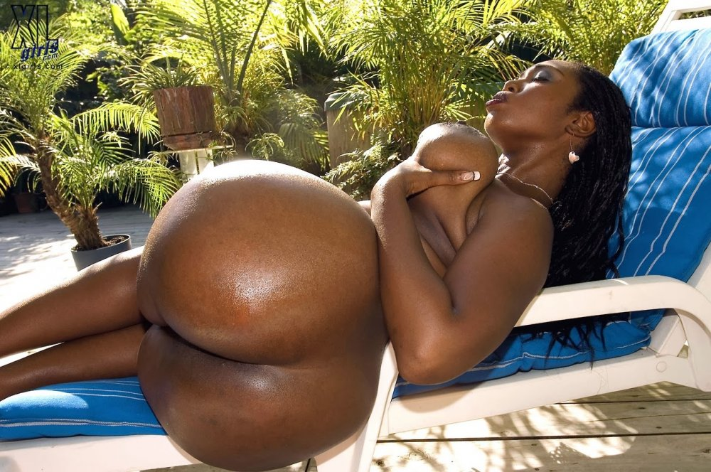 Skinny Black Girl Ass Repost Bigbootygirls And Big Ass Black Moms