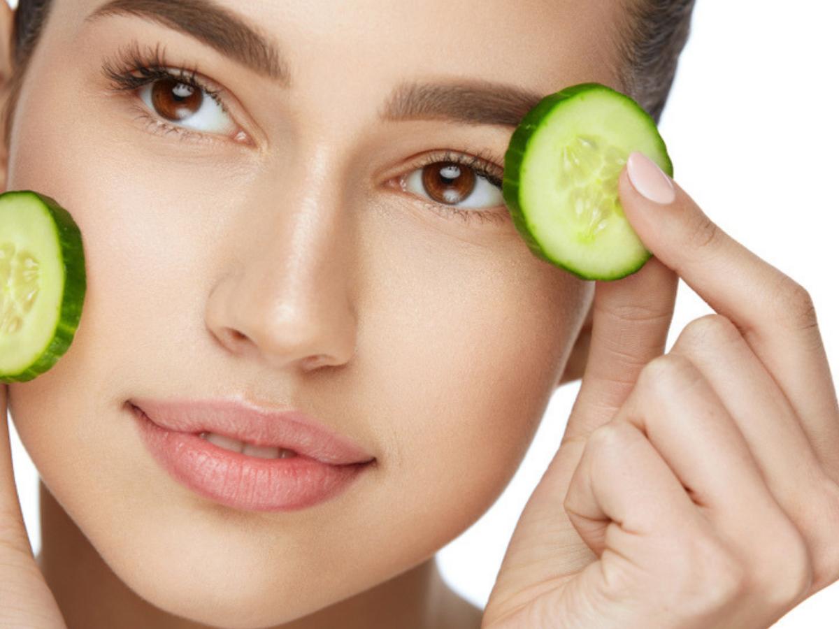 Soigner et hydrater la peau de l'intérieur avec ces aliments qui aident à nettoyer la peau