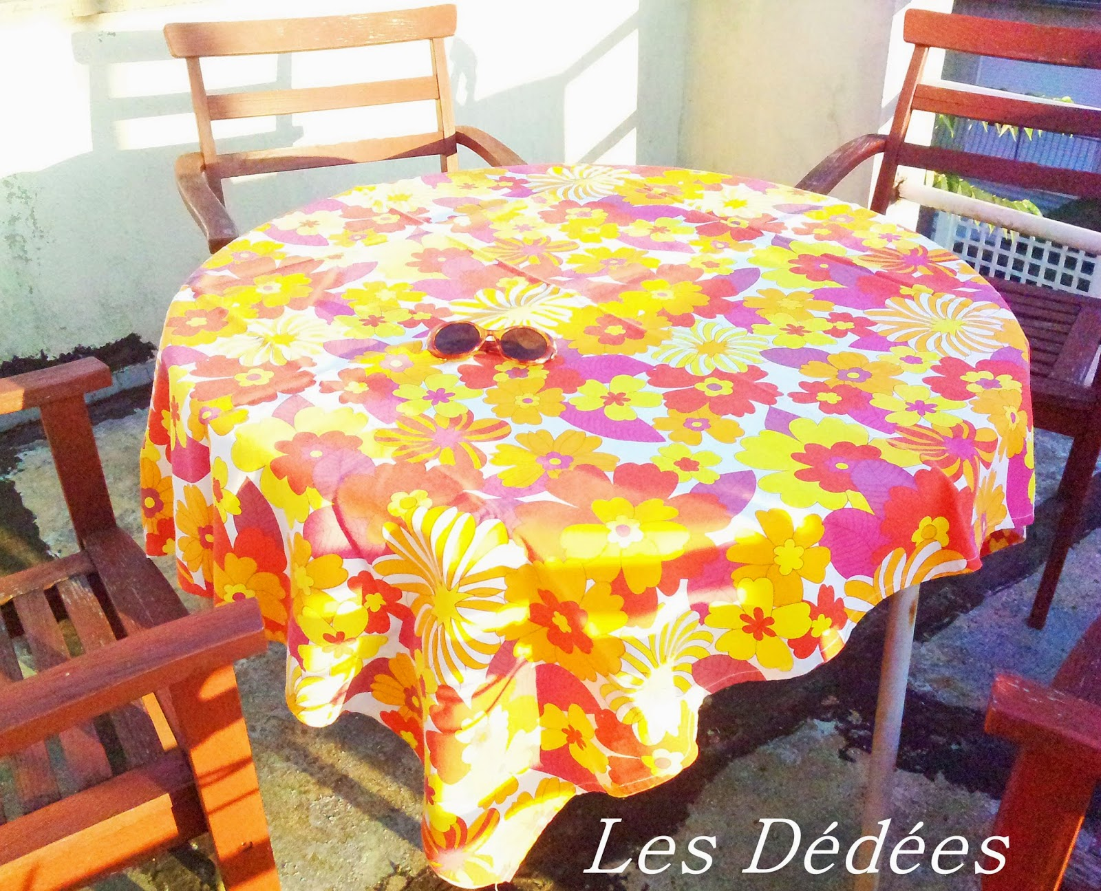 Decoration Nappe De Table Comfortable 70s Decorations Image Result For Party Table