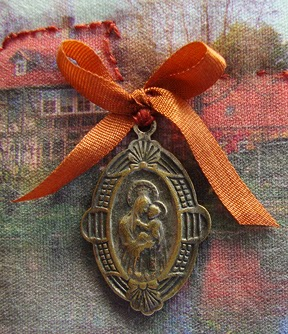 Robin Atkins, Travel Diary quilt, detail, religious pendant