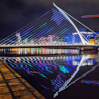 Photos of Dublin at night: The Samuel Beckett Bridge