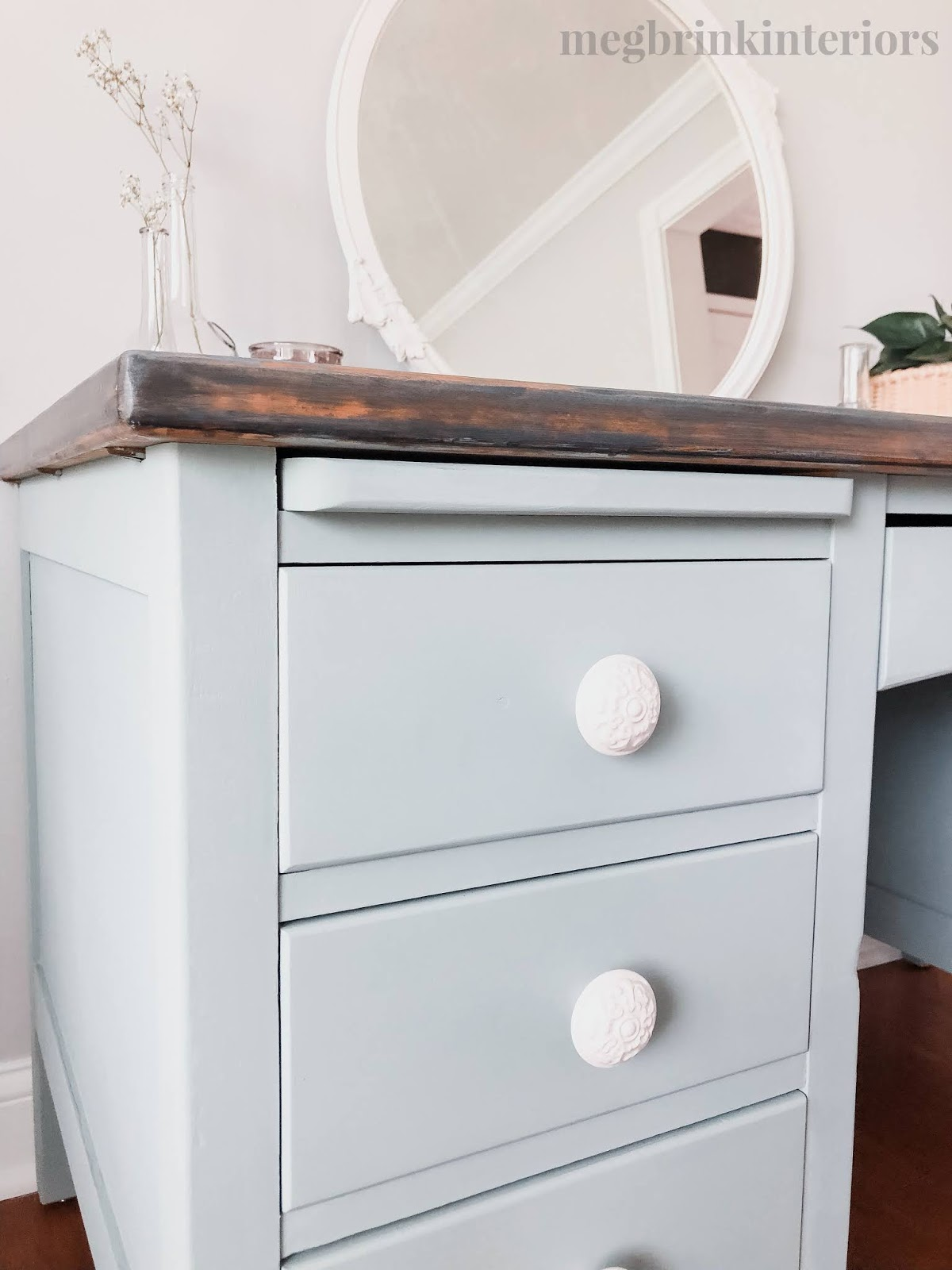 Follow along with me for this two toned farmhouse desk makeover using Country Chic Paint's products!