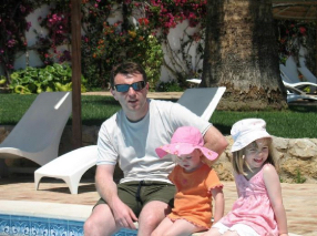 PeterMac's FREE e-book: What really happened to Madeleine McCann? - Page 2 4