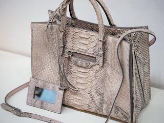 バレンシアガ ペーパー 2WAYハンドバッグをお買い取り致しました