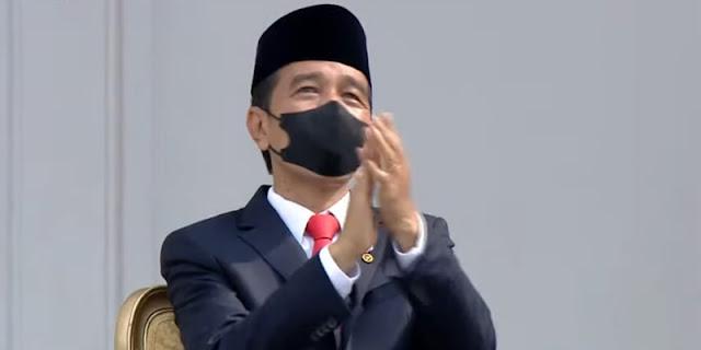 Jokowi Geleng-geleng
