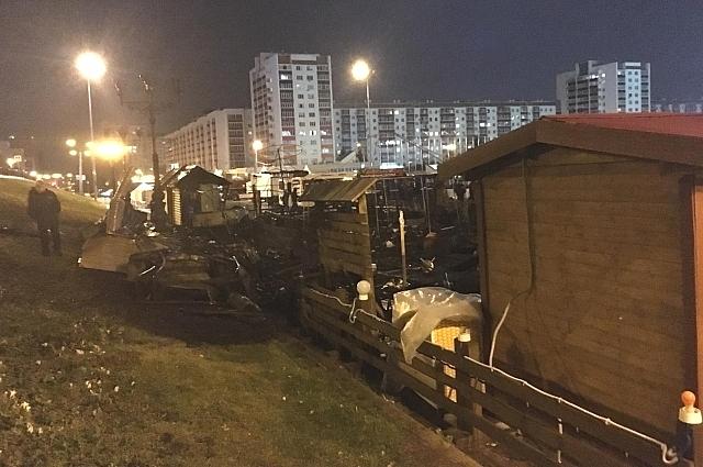 Крупный пожар на площади Салавата Юлаева
