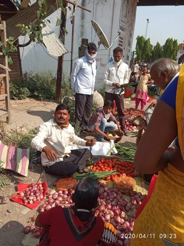 फुलंबरी तालुक्यातील  वाणेगाव येथे सोशल डिस्टन्सिंगची फज्जी | Phulambri, Wanegaon , Maharashtra