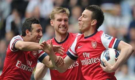Arsenal Smash Chelsea To Smithereens