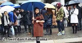 Awet dan Tahan Lama merupakan manfaat payung sebagai media promosi