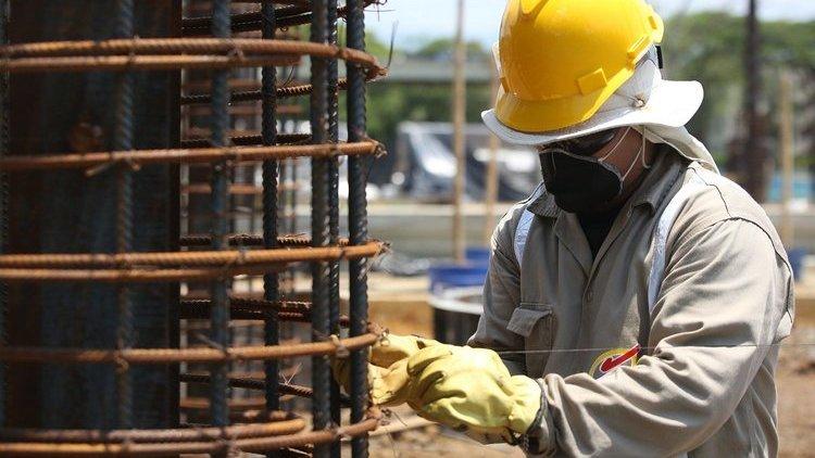 Acuerdo nacional con los empresarios de la construcción para reactivar el sector