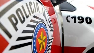 POLÍCIA MILITAR PRENDE MULHER QUE FURTOU PRODUTOS DE HIGIENE DE LOJA EM REGISTRO-SP