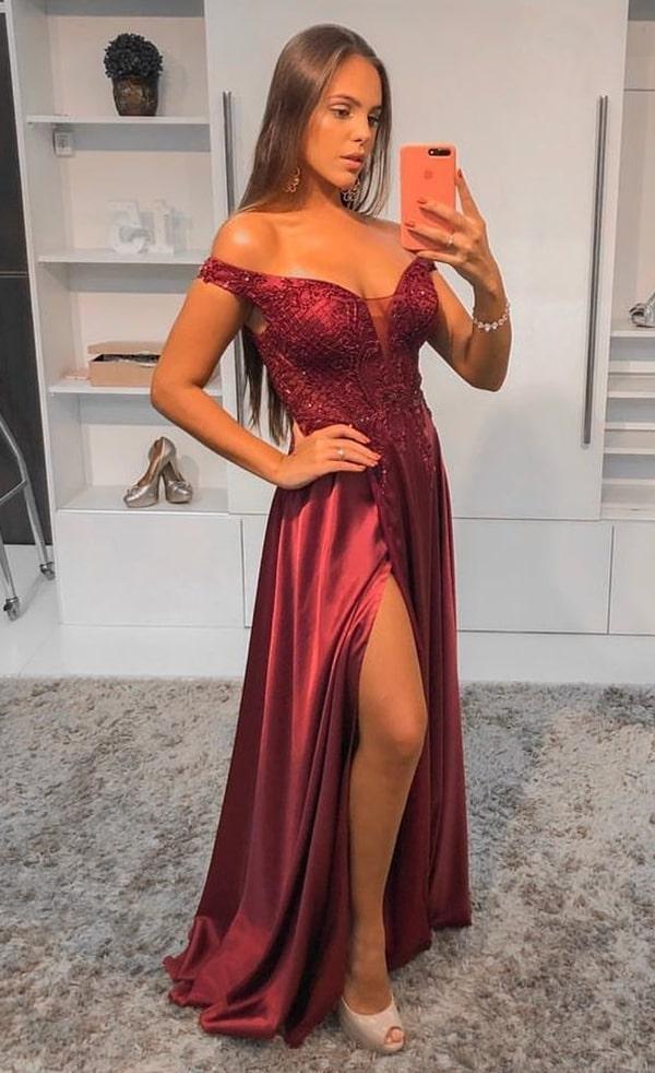 Vestido marsala bordado com saia fluida e fenda para madrinha de casamento a noite