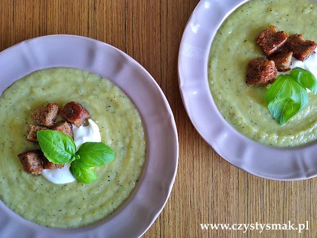Zupa krem z pora, selera i bazylii