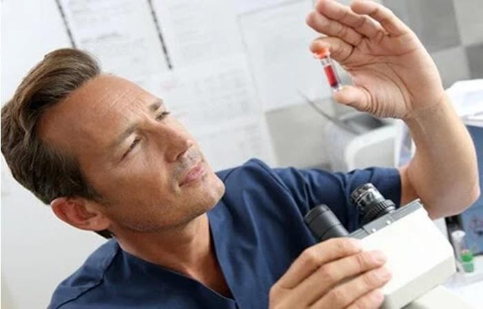 Como a hepatite C é diagnosticada