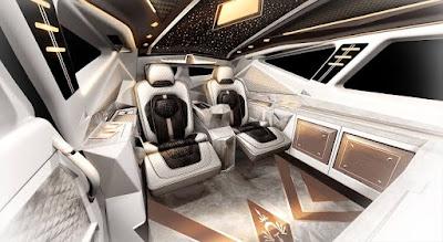 Mobil Mahal Interior