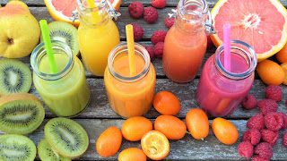 Fruit, juices and smoothies