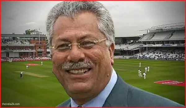 25 Specs-wearing cricketers in international cricket.
