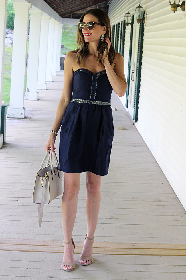 Hoe to buy a designer dress for less