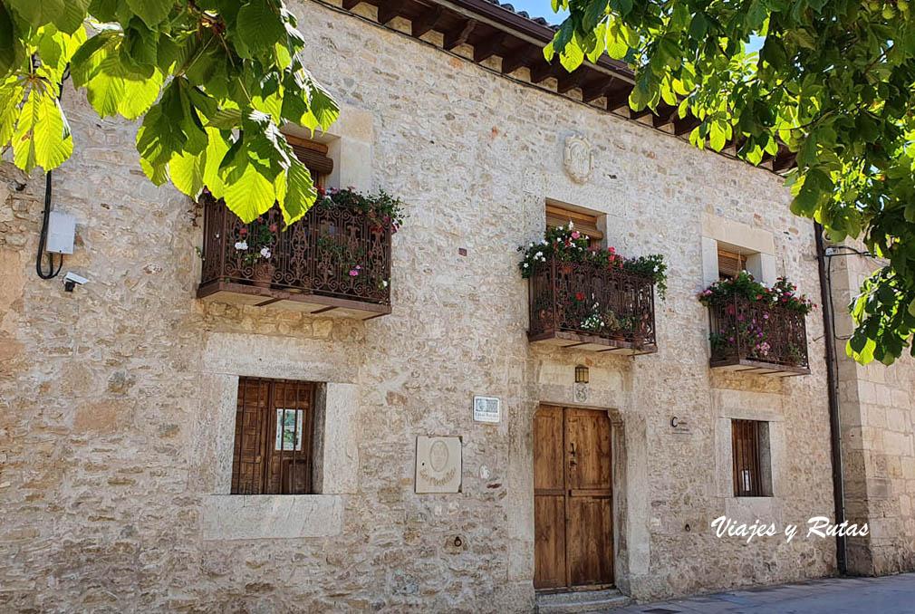 Palacio de Tamajón. Pueblos negros de Guadalajara