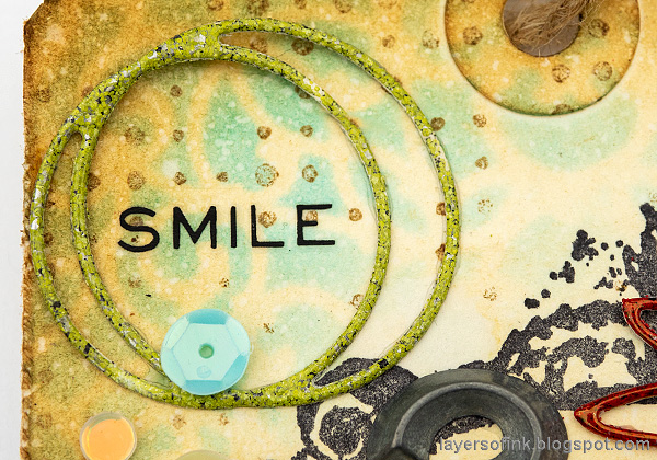 Layers of ink - Smile and Laughter Tag by Anna-Karin Evaldsson. Ink, stencil and stamp tutorial.