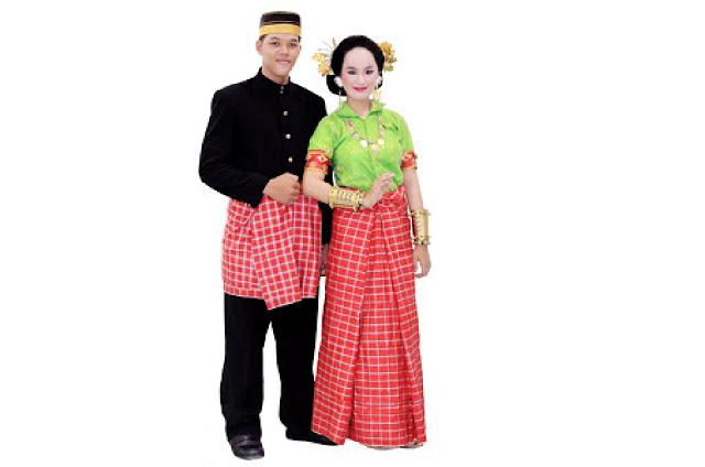 Lipa Saqbe Mandar - Provinsi Sulawesi Barat