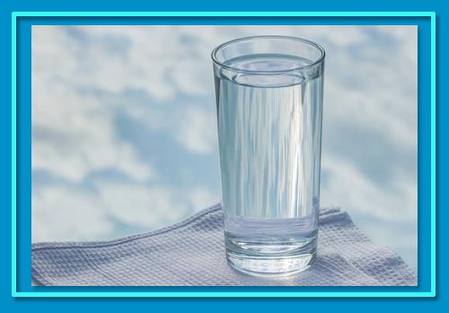 Manfaat Minum Air Putih PIXABAY