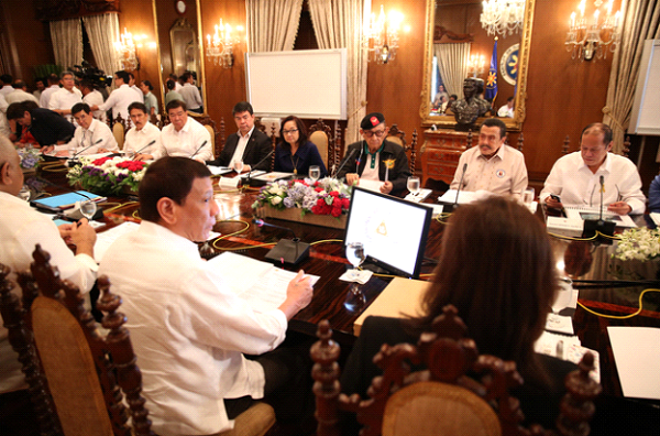 Give credit where credit is due: Duterte thanks Noy for Hague ruling