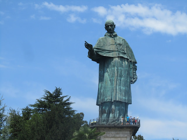 Statua San Carlone