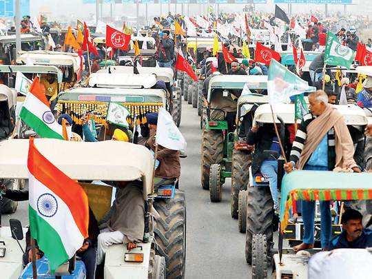 26 JAN TRACTOR Rally  ट्रैक्टर रैली निकालने पर अड़े किसान