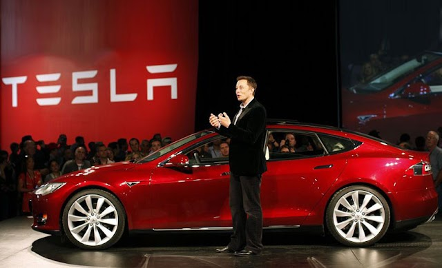 Tesla S&P 500 katılırken Wall Streette dalgalanma