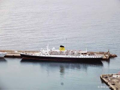 MS-Funchal-no-porto-santo