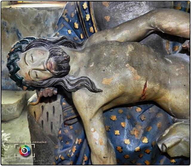 CHATEL-SUR-MOSELLE (88) - Pietà (XVIe siècle)