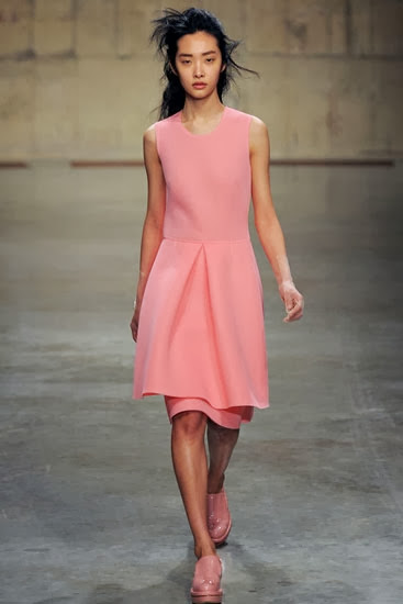 A model in Simone Rocha chic piece