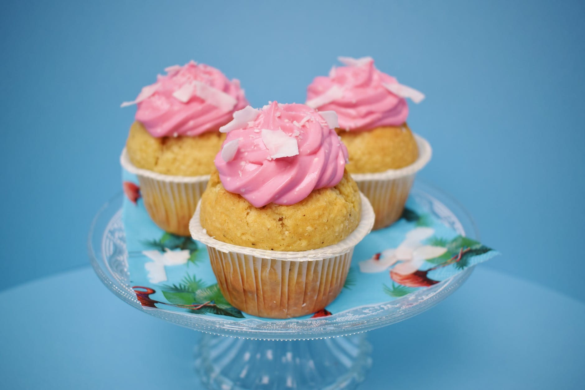 How to make a cupcake with dried fruits