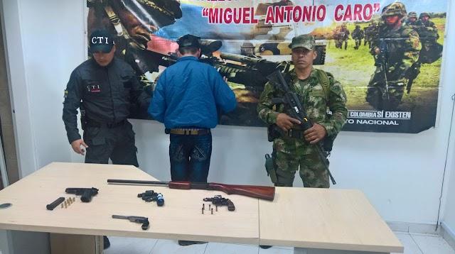 Mediante labores de inteligencia un hombre fue capturado en flagrancia en Facatativá por porte ilegal de armas