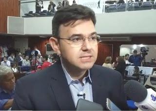 Raniery Paulino cobra ao DER para recuperação da estradas na Paraíba